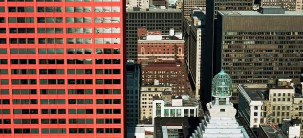 CNA building, downtown Chicago,  April 27, 2004