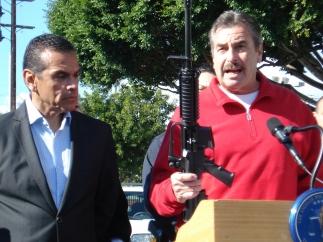 Canje de armas en Los Ángeles