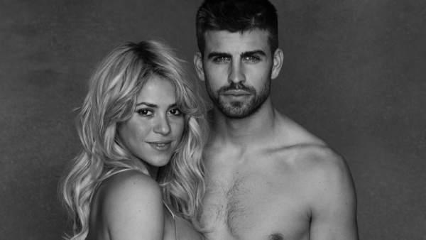 Shakira y Piqué posan muy embarazados