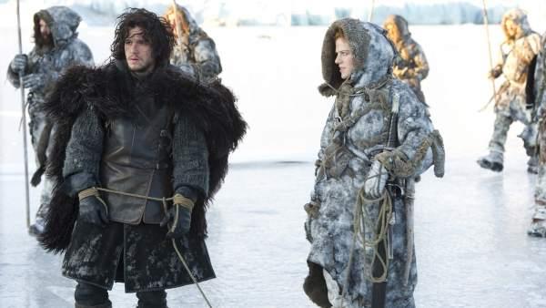 Jon Nieve e Ygritte en ´Juego de Tronos´