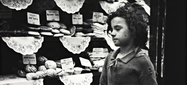 Child Staring into Bakery Window, London, 1935