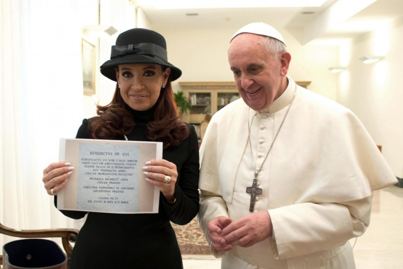 El papa Francisco y Cristina Fernández de Kirchner. Fotografía distribuida por el diario vaticano ´L´Osservatore Romano´ que muestra al papa Francisco y a la presidenta argentina, Cristina Fernández de Kirchner.