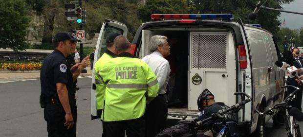 Activistas detenidos