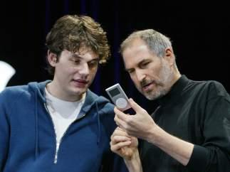 Jobs con el iPod mini