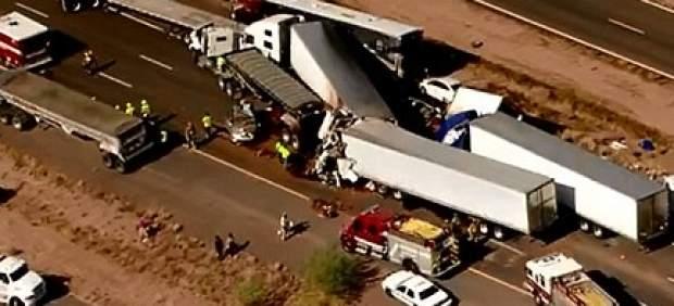 Una tormenta de polvo causa un accidente en Arizona