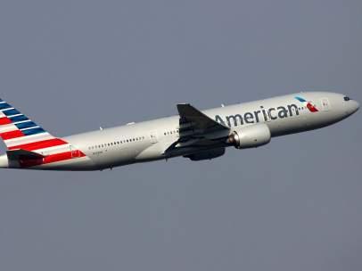 Un avión de American Airlines