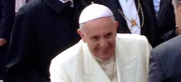 Niña pide al Papa medie por los inmigrantes