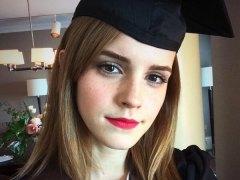 Emma Watson, graduada
