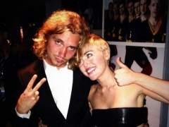 Acompañante sin techo de Miley Cyrus