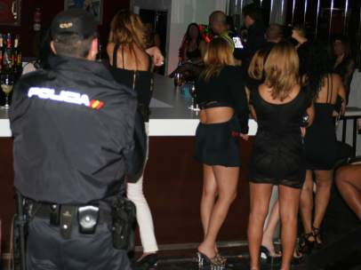 prostitutas famosas españa trafico de mujeres wikipedia