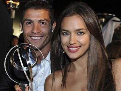 Irina Shayk: con Cristiano Ronaldo en Dubai en los Globe Soccer Awards