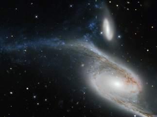 Un coloso a millones de años luz