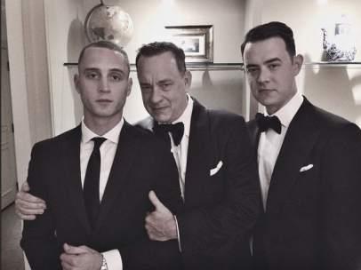 Tom Hanks posa junto a su hijo Chester Hanks