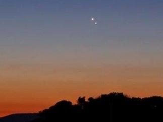 Júpiter y Venus en el cielo de poniente