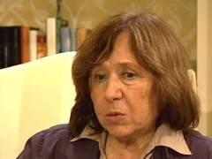 Svetlana Alexievich gana Nobel de Literatura