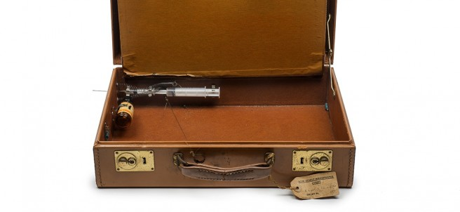 Briefcase with syringe and poison intended for use against a witness at the Old Bailey (never used), 1968